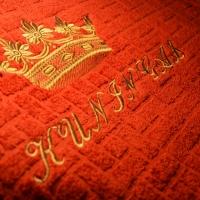 Kroon frotee rätikule